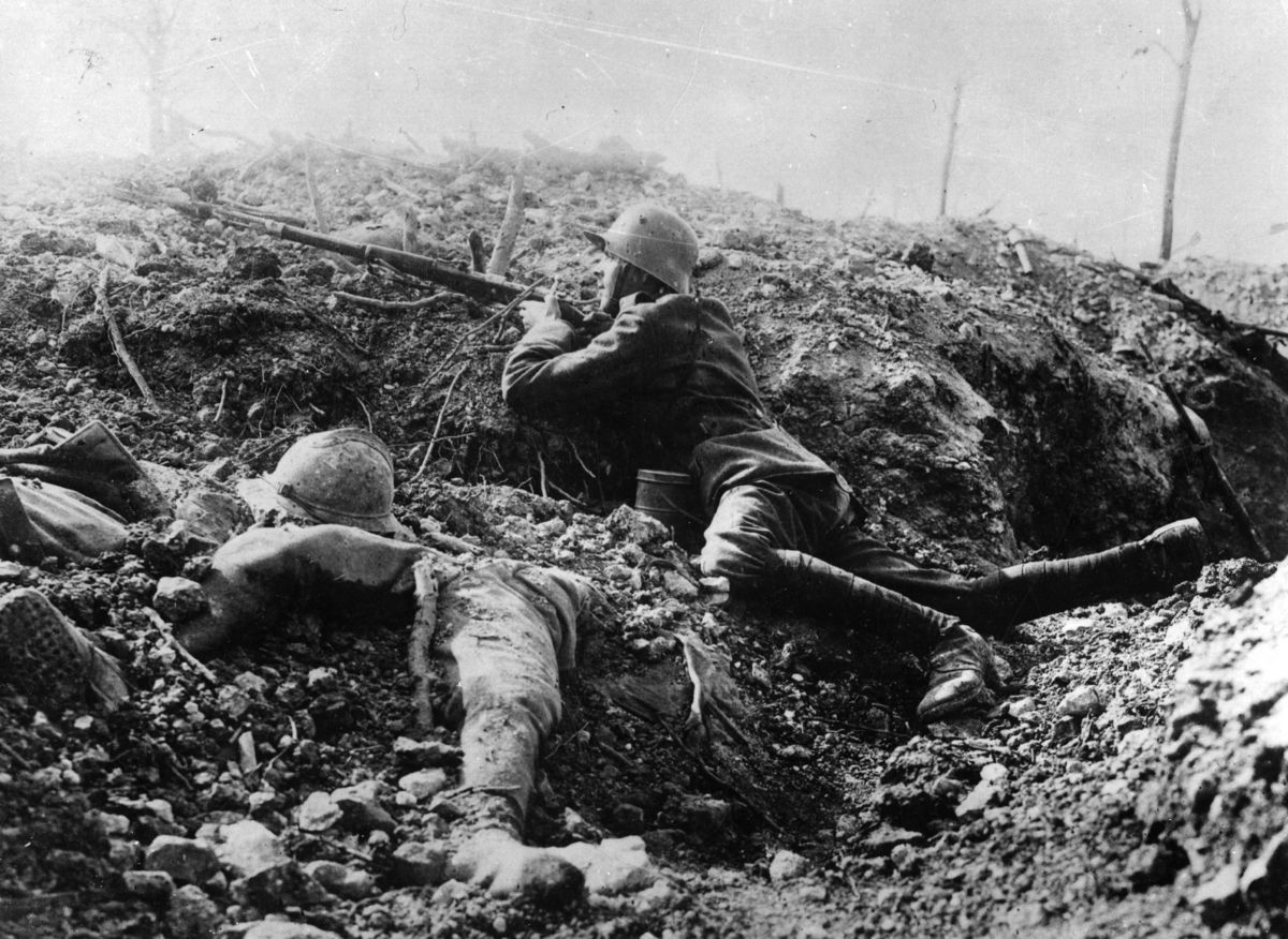 the dark and lovely life of trench warfare during the first world war Life in the trenches during the first world war took many forms, and varied  widely from  however stalemate - and trench warfare soon set in - and the  expected war of movement  there were two main types, the brown and the  black rat.